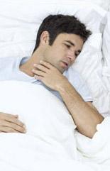 躺下來就想咳嗽?可能是胃食道逆流唷