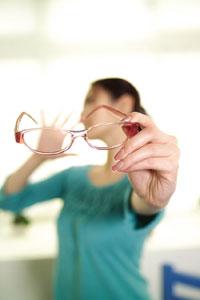 當年齡增長,體內的葉黃素與玉米黃素也會逐漸遞減,所以必須適度補充,才不會導致眼疾發生甚至惡化