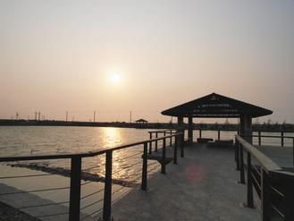 從鹽湖看夕陽