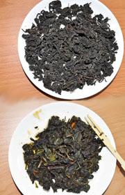 像海苔的乾燥地瓜葉(上)、沾醬油吃的地瓜茶葉渣(下)