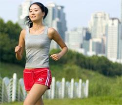 每週慢跑32公里則可同時減少臟器脂肪和皮下脂肪的厚度