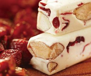 蔓越莓口味牛軋糖