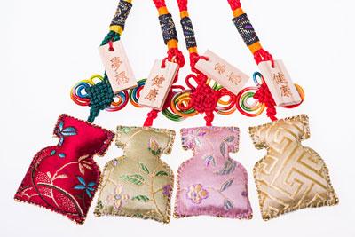 彰化在地手工香包達人陳淑卿,,一針一線將健康夢想的希望,滿滿的縫入香包裡!如此有意義的香包,將免費送給活動當天的壽星朋友,作為健康與希望的生日禮!