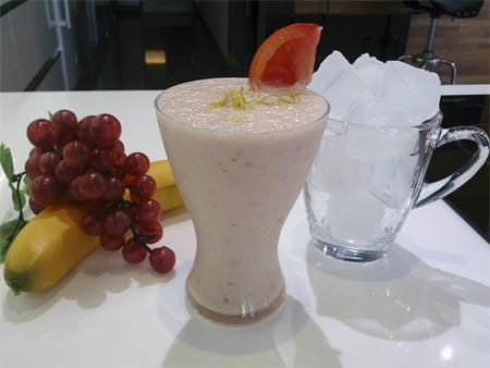 番茄香蕉牛奶冰沙