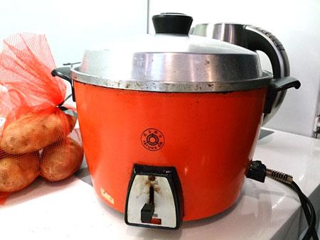先將胡蘿蔔用電鍋蒸熟