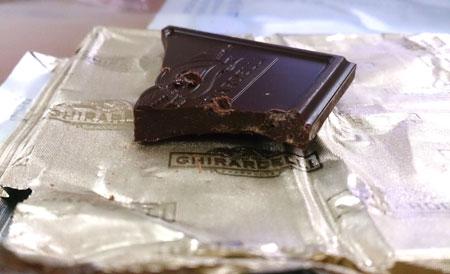鷹牌GHIRARDELLI黑莓口味黑巧克力