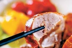 從英國到台灣繁殖成功的櫻桃鴨,以皮肥肉嫩獲得全台高級餐廳的支持與愛用。