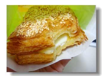 獅子王:『金黃雙薯蛋燒餅』,內容物不算豐富,但層次分明