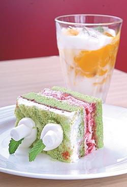 e莓果青蔬優格鮮奶油蛋糕/160元+10%翠綠菠菜蛋糕抹上豔紅莓果醬,擁有繽紛色彩,倒著上桌也無妨