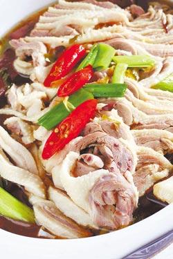 珍味蒜燒鮮鵝片/是新天地歷史最悠久的菜色,至今仍是店裡招牌料理。