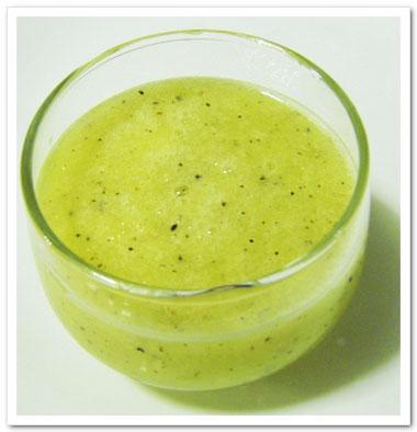 讓最當季的高纖奇異果蜜梨汁拯救腸胃不順的困擾吧!