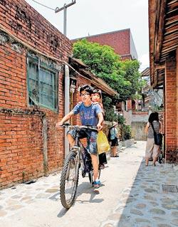 趁著東方美人茶上市的季節到北埔走一遭,好好重新認識這個客家小鎮。