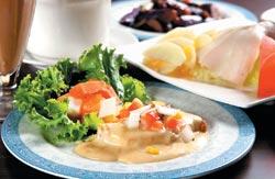 香煎圓鱈/360元+10% ▲料理過程加入大量的鮮奶油,奶香味特別濃郁,口味很西式。攝影  楊為仁