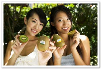 富含纖維的奇異果可促進腸道蠕道,對於飲食與作息不正常的人有很好的幫助