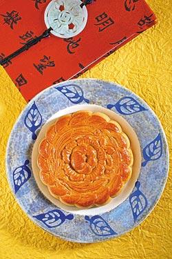 魏清海港式魯肉豆沙餅小巧精緻。攝影  鄭夙玲
