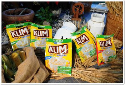 克寧3合1純濃牛奶麥片,共有「香濃原麥」、「醇品燕麥」、「乳香果莓」三種口味
