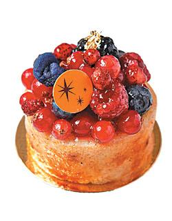 感官花園/300元 ▲使用與Robuchon同批的進口新鮮漿果,蛋糕焦糖、西班牙紫蘿蘭糖花,交織味覺驚喜。攝影  高政全