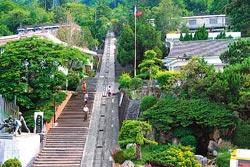 ▲苗栗是台灣最早發現並開採石油的地區,目前當地仍持續開採石油。攝影  陳志東