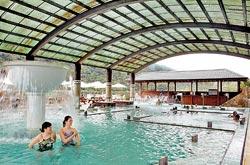 ▲東台的大眾湯有多樣的水療設施。攝影  鄧博仁