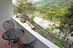 ▲向天湖咖啡民宿只有少少4個房間,但每個房間都有湖景。攝影  陳志東