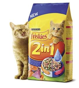飼主除了用「喜躍2合1鮭魚鮪魚口味包裹香濃肉汁」幫愛貓補充水份,也能為貓咪常備清水,讓愛貓遠離泌尿道、腎臟方面的疾病。