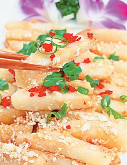 ▲黃金竹筍使用上筍料理,口感甜脆。攝影  張鎧乙