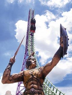 ▲義大遊樂世界新型遊樂機具,為今年暑假遊樂園市場帶來新的風貌。攝影  范揚光