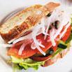 煙燻鮭魚三明治